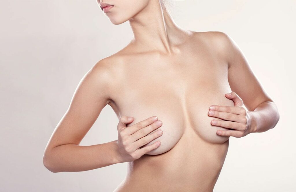 La pose des prothèse mammaires